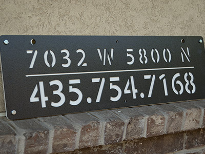 Address Signs icon - sign with address and phone number on it